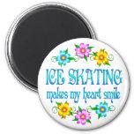 Sonrisas del patinaje de hielo imán para frigorífico