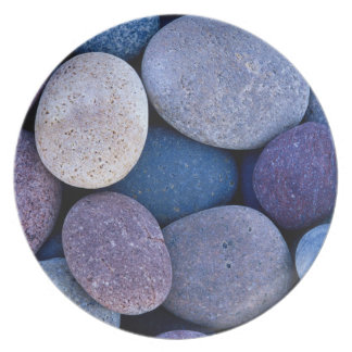 Soothing pebbles plate