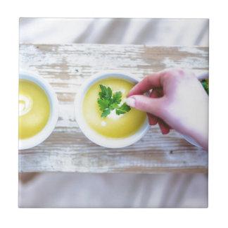 Sopa e hierba azulejo cuadrado pequeño