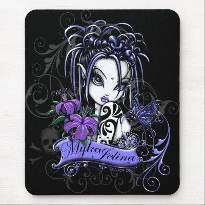 Mariposa gótica púrpura del Faery del tatuaje de