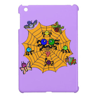 Sophie the Spider in a love smooch. iPad Mini Covers
