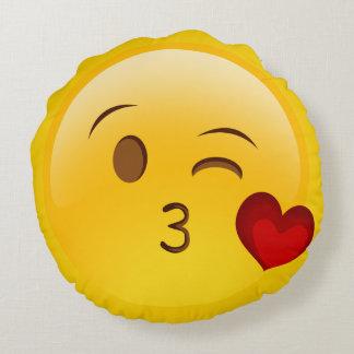 Sople una almohada del emoji del beso cojín redondo