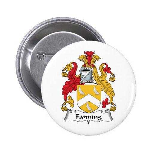 Soplo del escudo de la familia pin