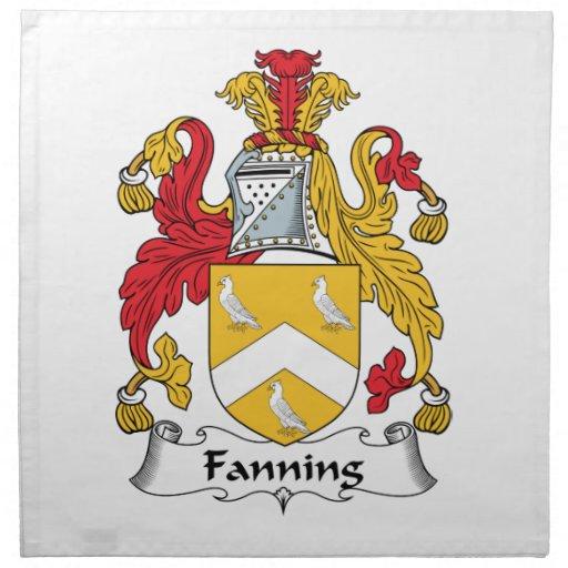 Soplo del escudo de la familia servilleta