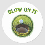 Soplo en él golf etiqueta redonda