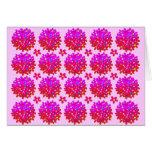 Soplos rosados de la margarita tarjeta de felicitación