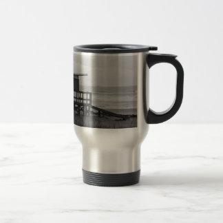 Soporte blanco y negro del salvavidas taza térmica