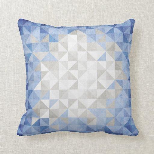 Soporte con el mosaico azul del triángulo para el cojín