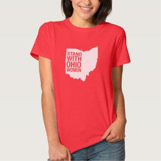 Soporte con la camiseta de las Mujer-Mujeres de Camisas
