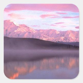Soporte Denali del lago wonder de la puesta del Pegatina Cuadrada
