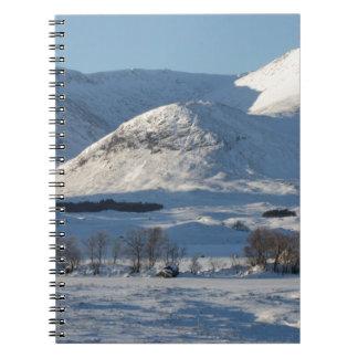 Soporte negro, Escocia 8161 Spiral Notebooks