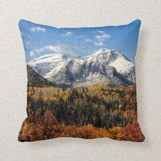 Soporte Timpanogos en las montañas de Utah del Cojin