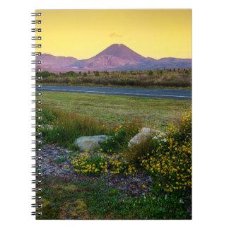 Soporte Tongariro, Nueva Zelanda Libro De Apuntes Con Espiral