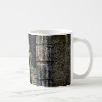 Sorceress Summoning Mug