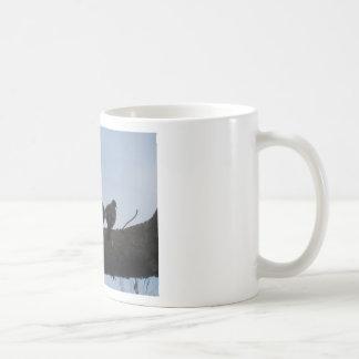 Sordo enamora taza de café