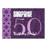 Sorprenda el 50.o cumpleaños LaceTemplate púrpura Invitación Personalizada