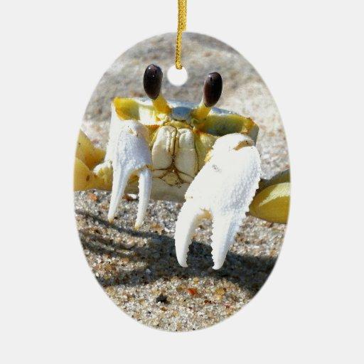 Sorpresa del cangrejo del fantasma adorno ovalado de cerámica