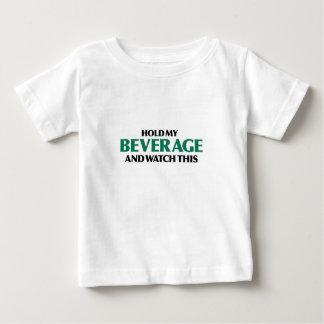 Sostenga mi bebida (el verde remezcla) camisas