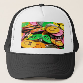 sourirs, SMILE JESUS LOVES YOU Trucker Hat