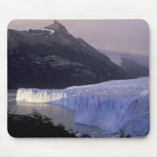 South America, Patagonia, Argentina Parque Mouse Pad