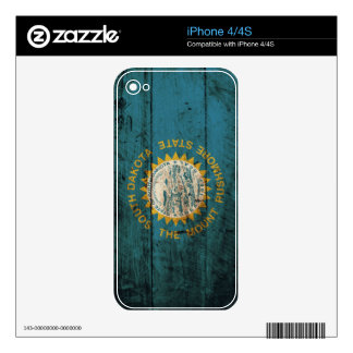 South Dakota State Flag on Old Wood Grain iPhone 4S Decals
