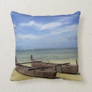 South Pacific, French Polynesia, Moorea. Throw Pillow