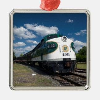 southern loco at station metal ornament