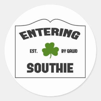 Southie que entra pegatina redonda