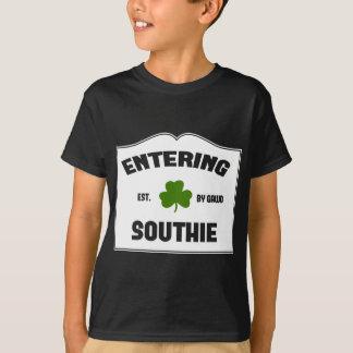 Southie que entra remeras