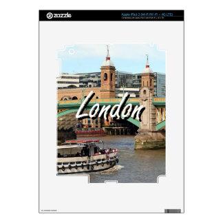 Southwark Bridge, Thames River, London, England 2 iPad 3 Skin