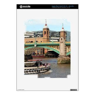 Southwark Bridge, Thames River, London, England iPad 3 Skins