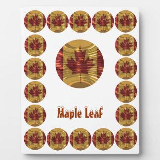 Souvinar Maple Leaf  - Replace Text n Centre Image Plaque