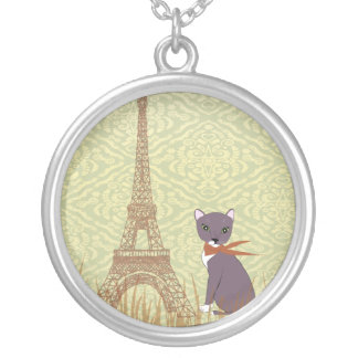 Soxy in Paris round pendant retro look