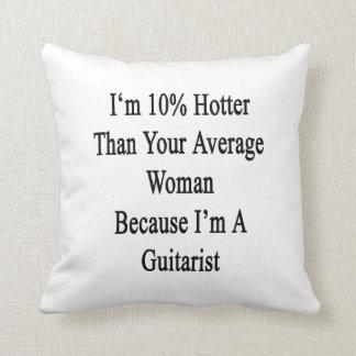 Soy 10 más calientes que su mujer media porque soy almohada