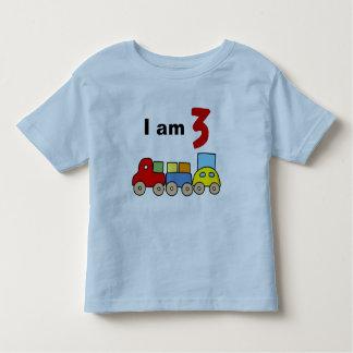 Soy 3 (el tren de madera del juguete) tee shirts