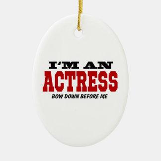 Soy actriz arqueo abajo antes de mí adorno navideño ovalado de cerámica