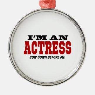 Soy actriz arqueo abajo antes de mí adorno navideño redondo de metal