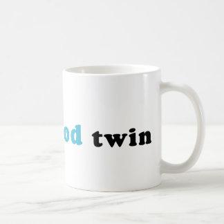 Soy el buen gemelo taza clásica