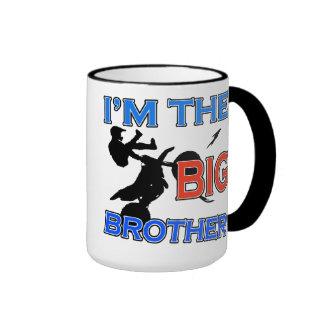 Soy el fútbol de hermano mayor taza de dos colores