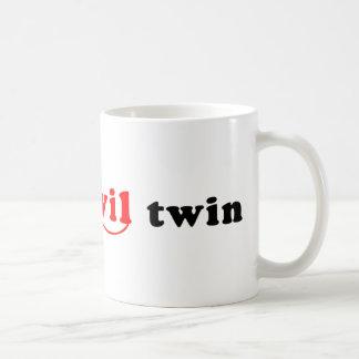 Soy el gemelo del mal tazas de café