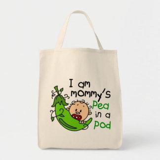 Soy el guisante de la mamá en una vaina bolsa