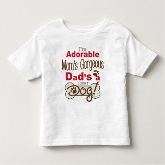 ¡Soy el papá magnífico de la mamá adorable soy un Remeras