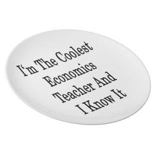 Soy el profesor más fresco de la economía y lo sé plato para fiesta