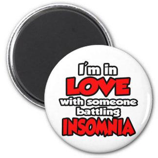 Soy en amor con alguien insomnio de lucha imán de frigorífico