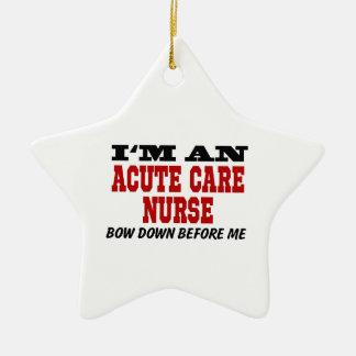 Soy enfermera aguda del cuidado arqueo abajo antes adorno navideño de cerámica en forma de estrella