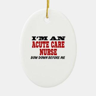 Soy enfermera aguda del cuidado arqueo abajo antes adorno navideño ovalado de cerámica