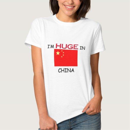 Soy ENORME en CHINA Tshirts