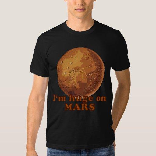 Soy enorme en el humor de Marte Martian Playeras