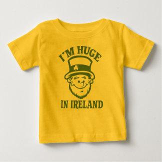 Soy enorme en Irlanda Remera