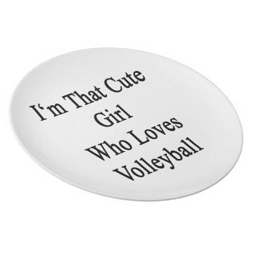 Soy ese chica lindo que ama voleibol plato de comida